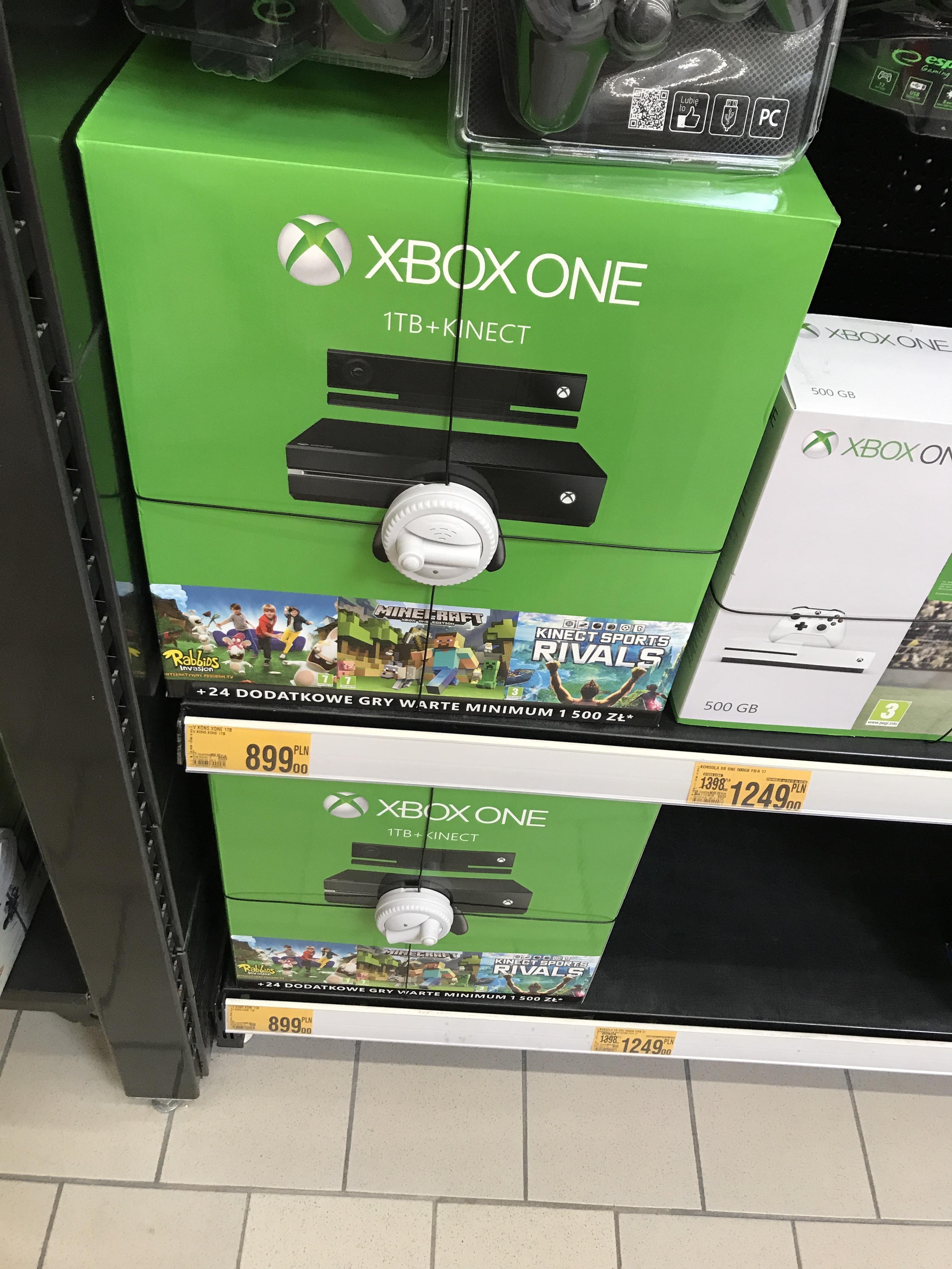 Xbox One 1TB + Kinect + 3gry box Auchan Gdańsk