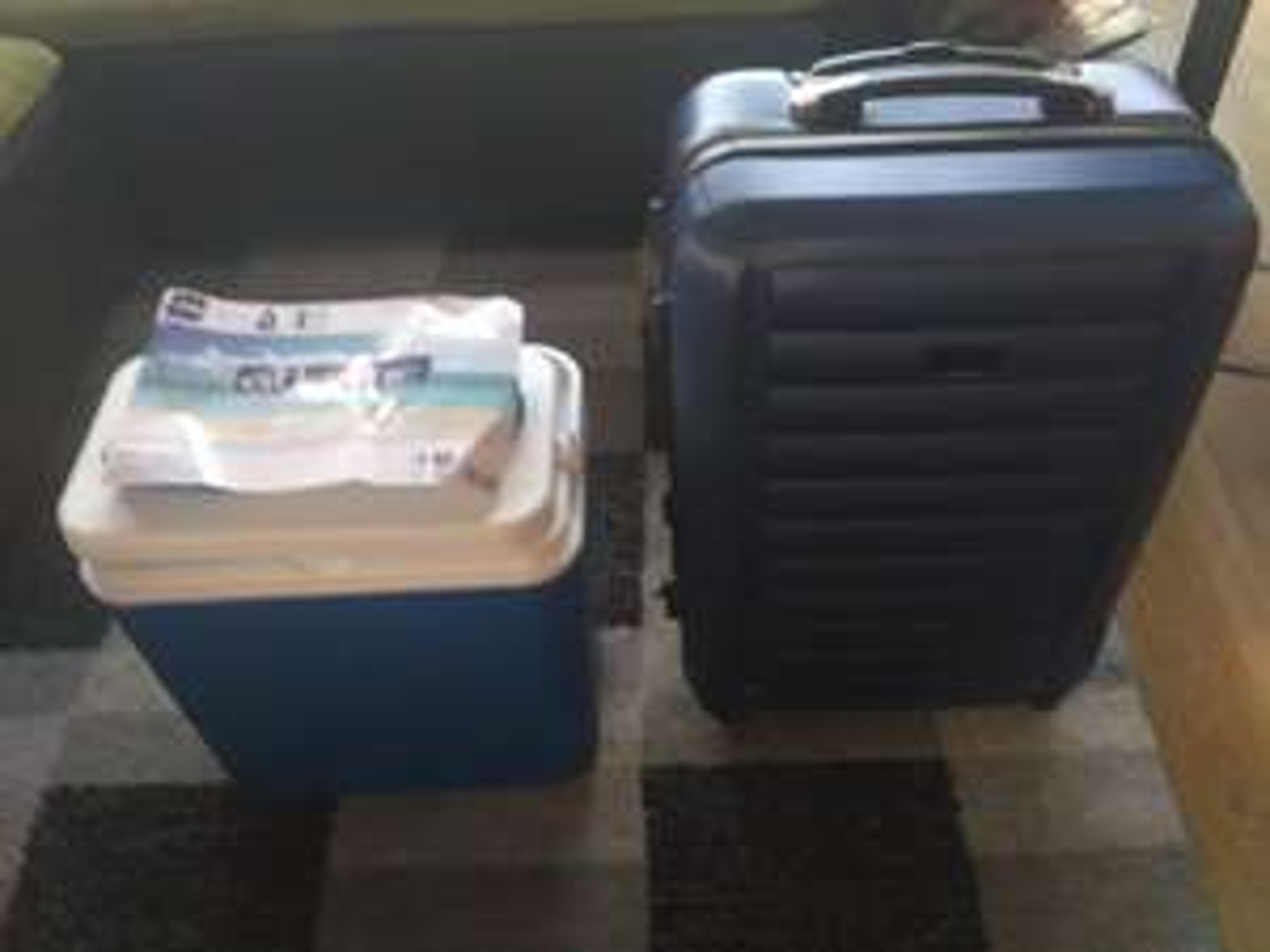 Walizka podróżna + lodówka podróżna za założenie karty