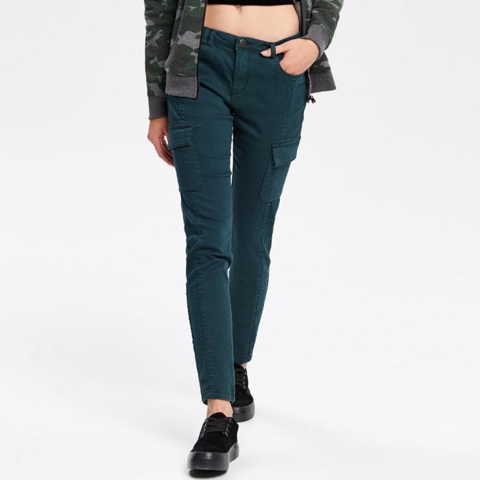 Damskie spodnie za 20,99zł (2 modele, małe rozmiary) @ Cropp