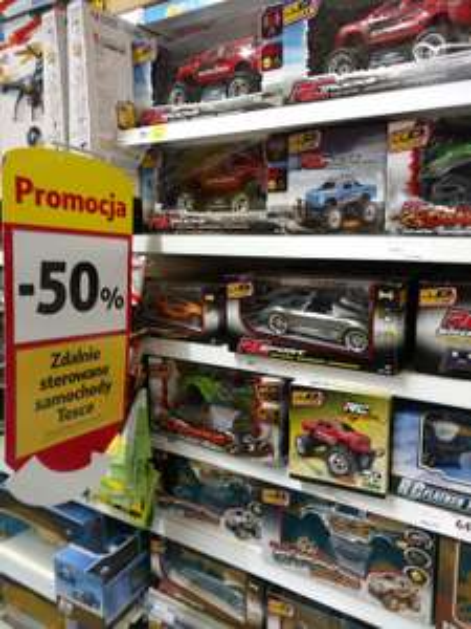 Zdalnie sterowane samochody -50% Tesco