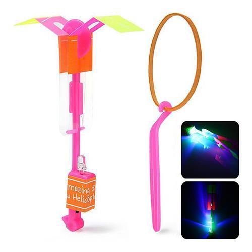 Latająca, świecąca zabawka/helikopter za 4 grosze z wysyłką @ Geekbuying