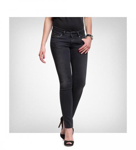 -40% na wybrane podukty marki Pepe Jeans @ Bluestilo