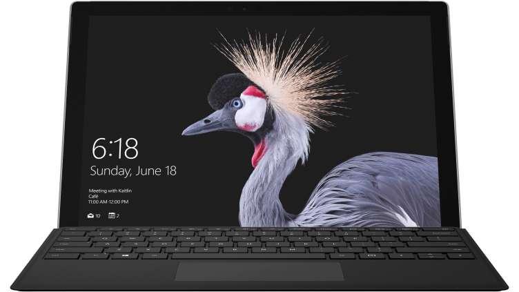 Pakiet urządzenia Surface Pro razem z klawiaturą Type Cover
