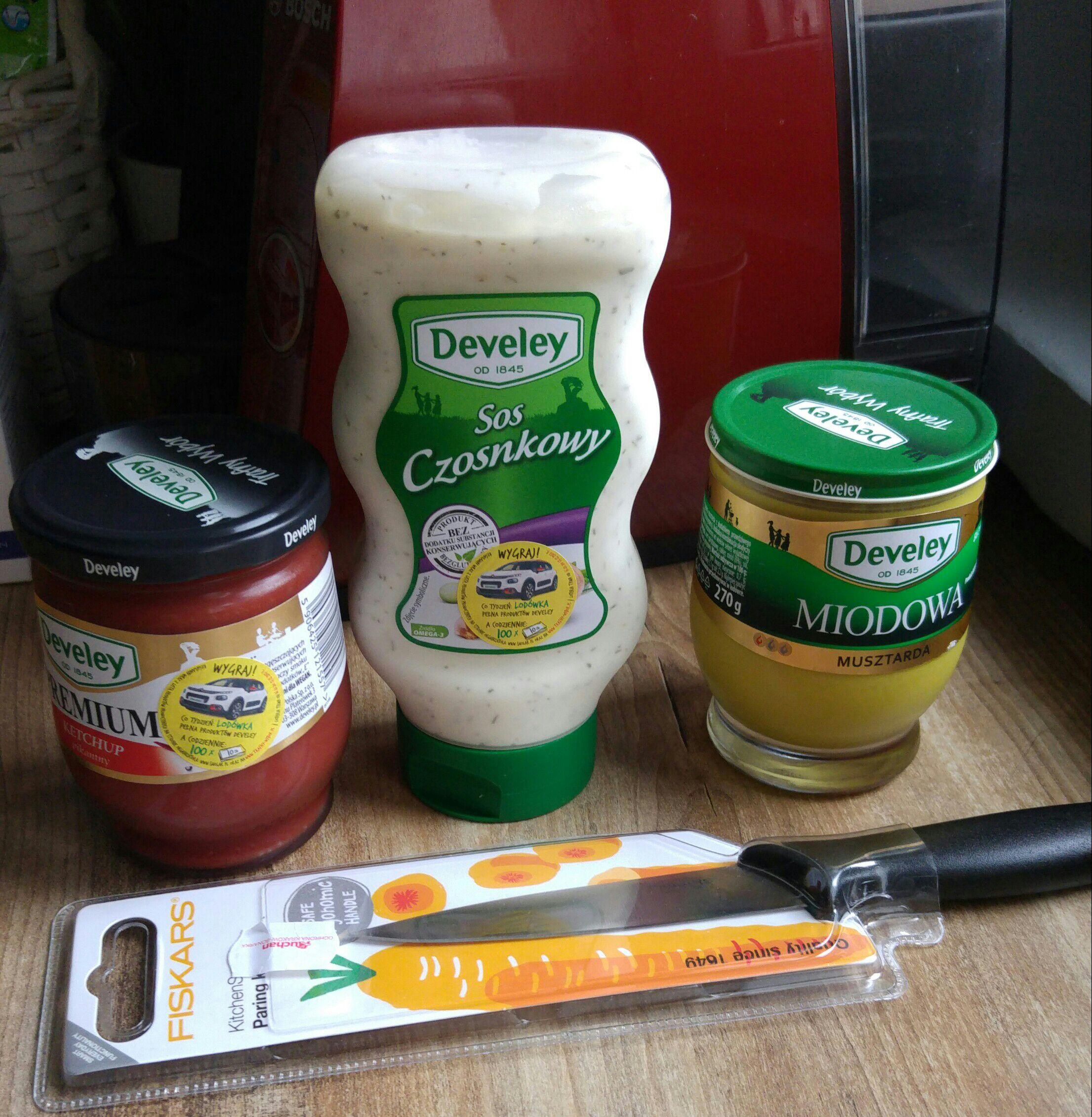 Nóż Fiskars Gratis do zakupu 3 dowolnych produktów Develey w Auchan