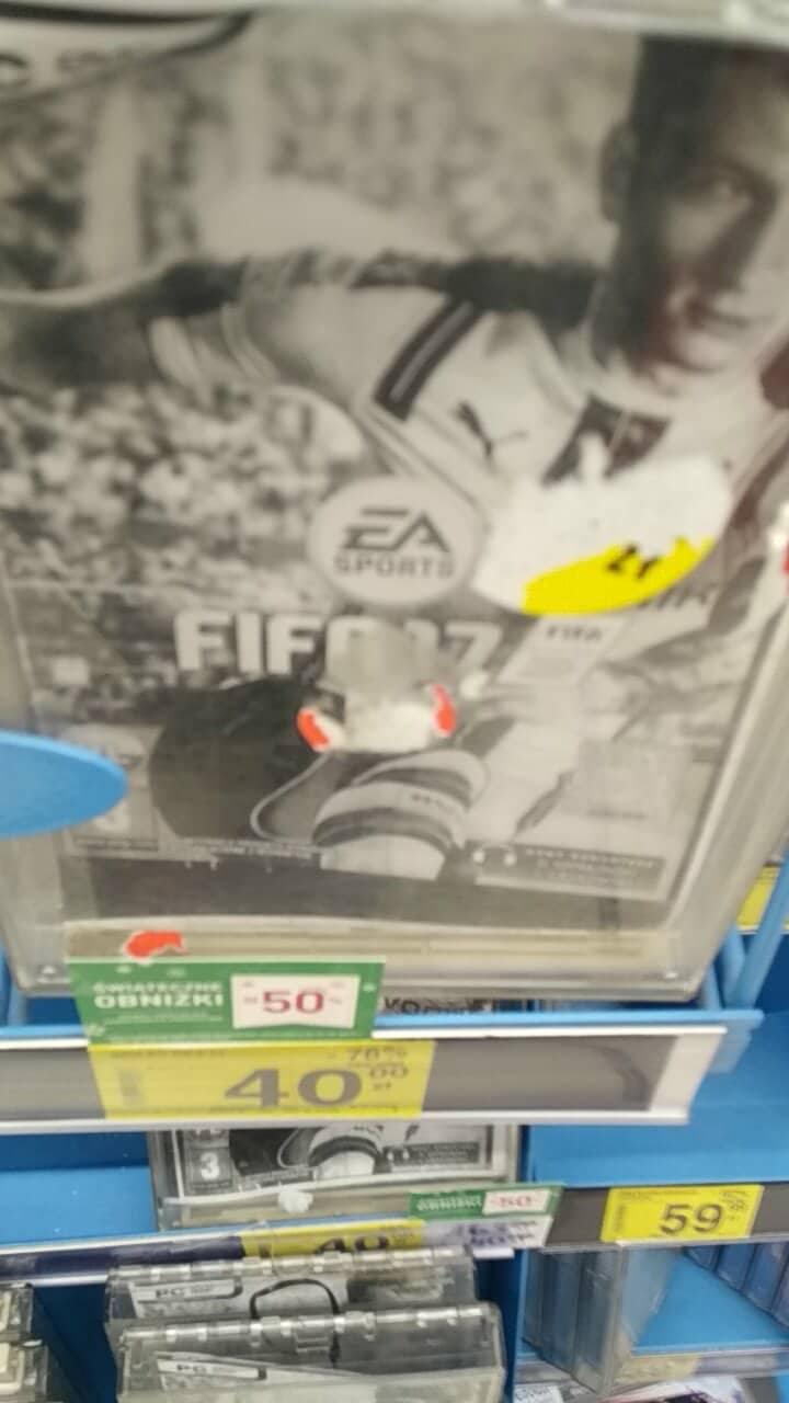 Fifa 17 w Carrefour