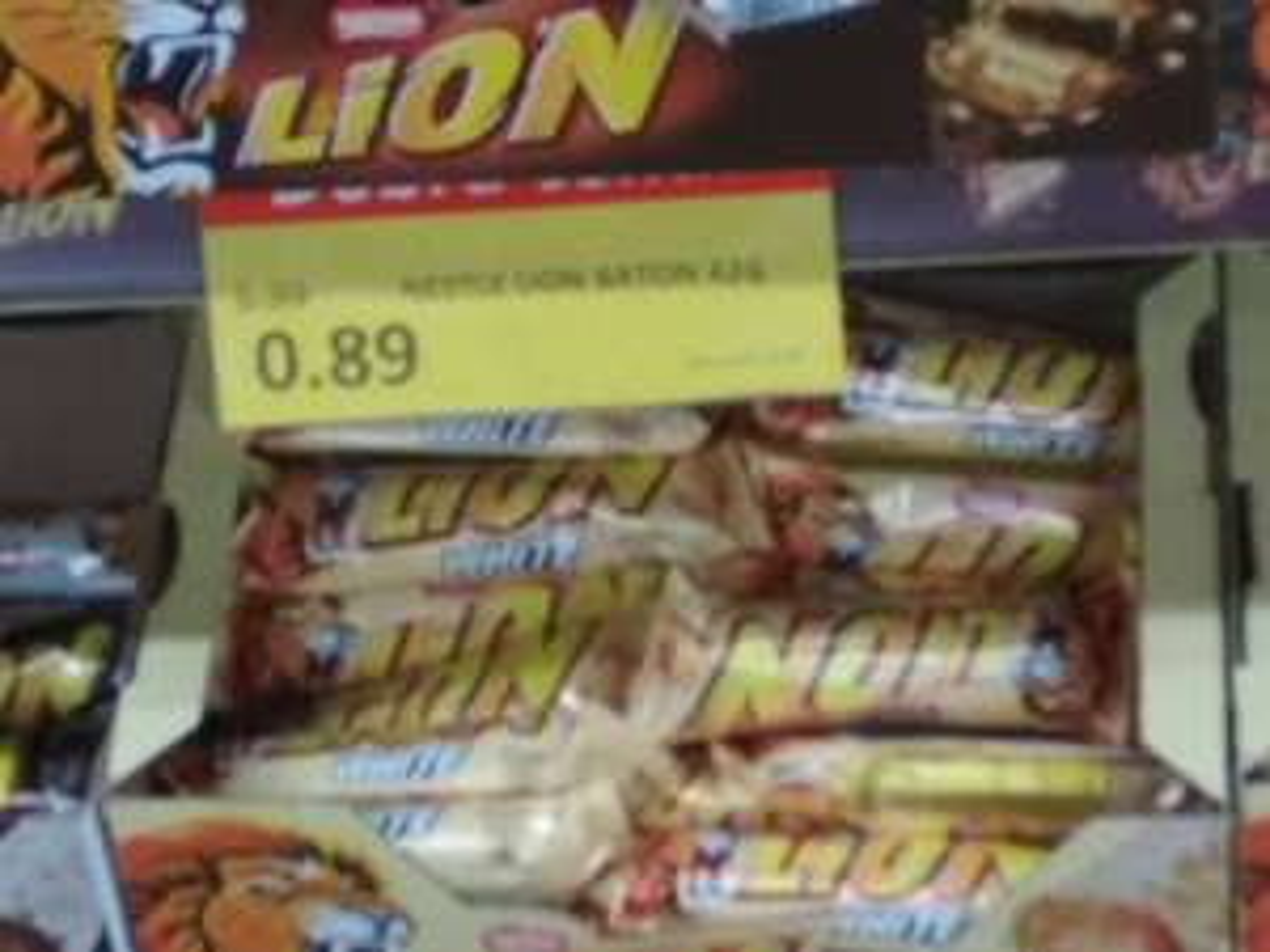 Lewiatan Baton Nestle Lion
