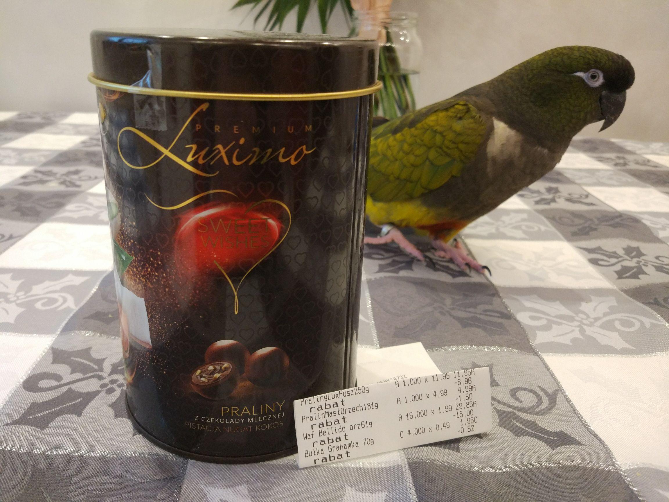 Praliny z czekolady mlecznej w metalowej puszce Luximo Premium @ Biedronka