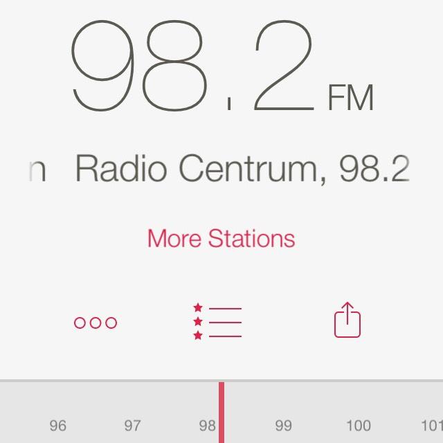 RadioApp - A Simple Radio- Apka do słuchania stacji radiowych online dla iOS