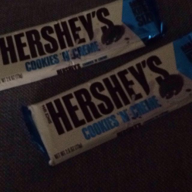 Hershey cookies n creame