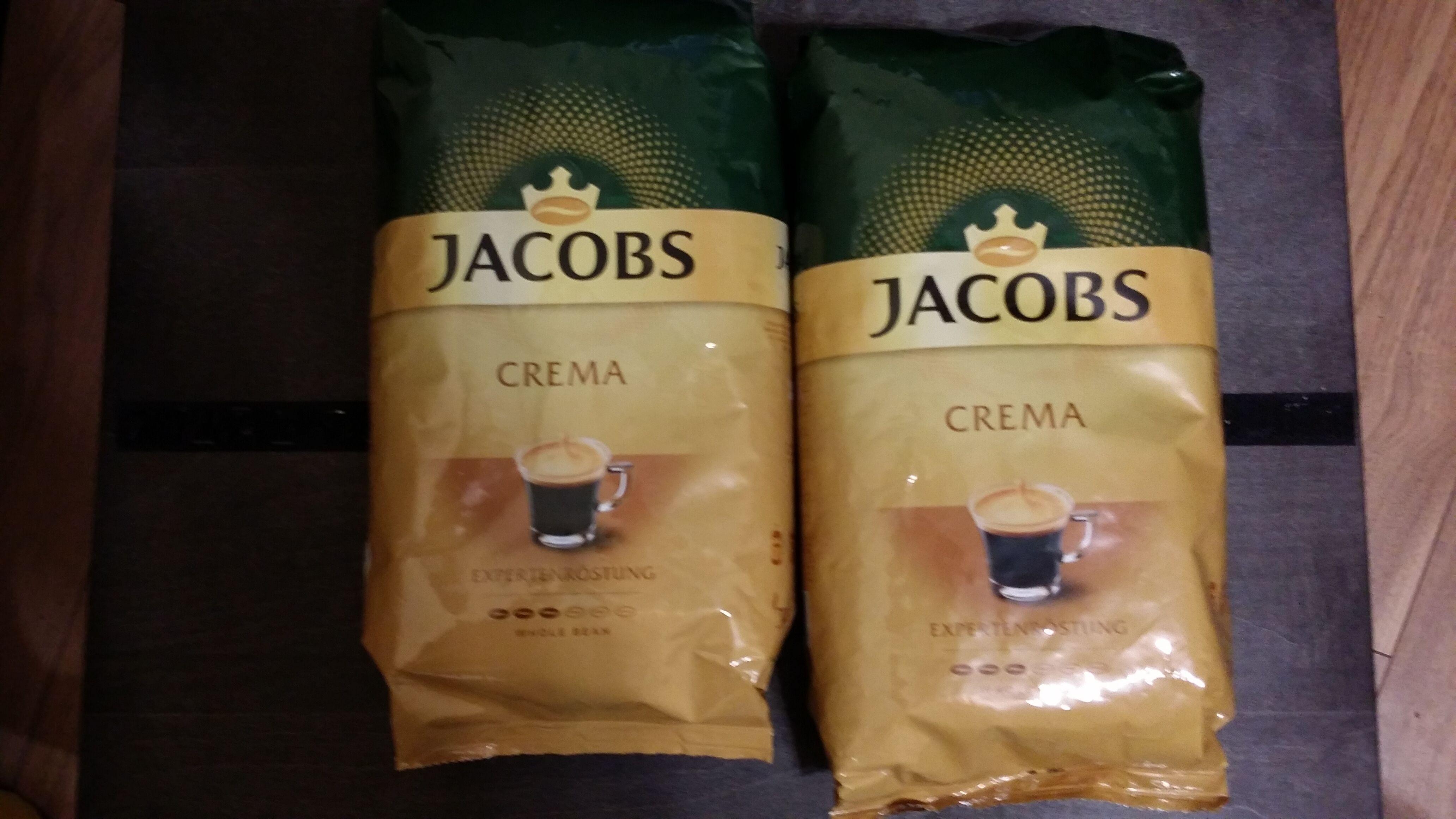 Jacobs Crema, Kronung lub Espresso, kawa ziarnista 1 kg przy zakupie dwóch sztuk za 29,99 zł w Biedronce.