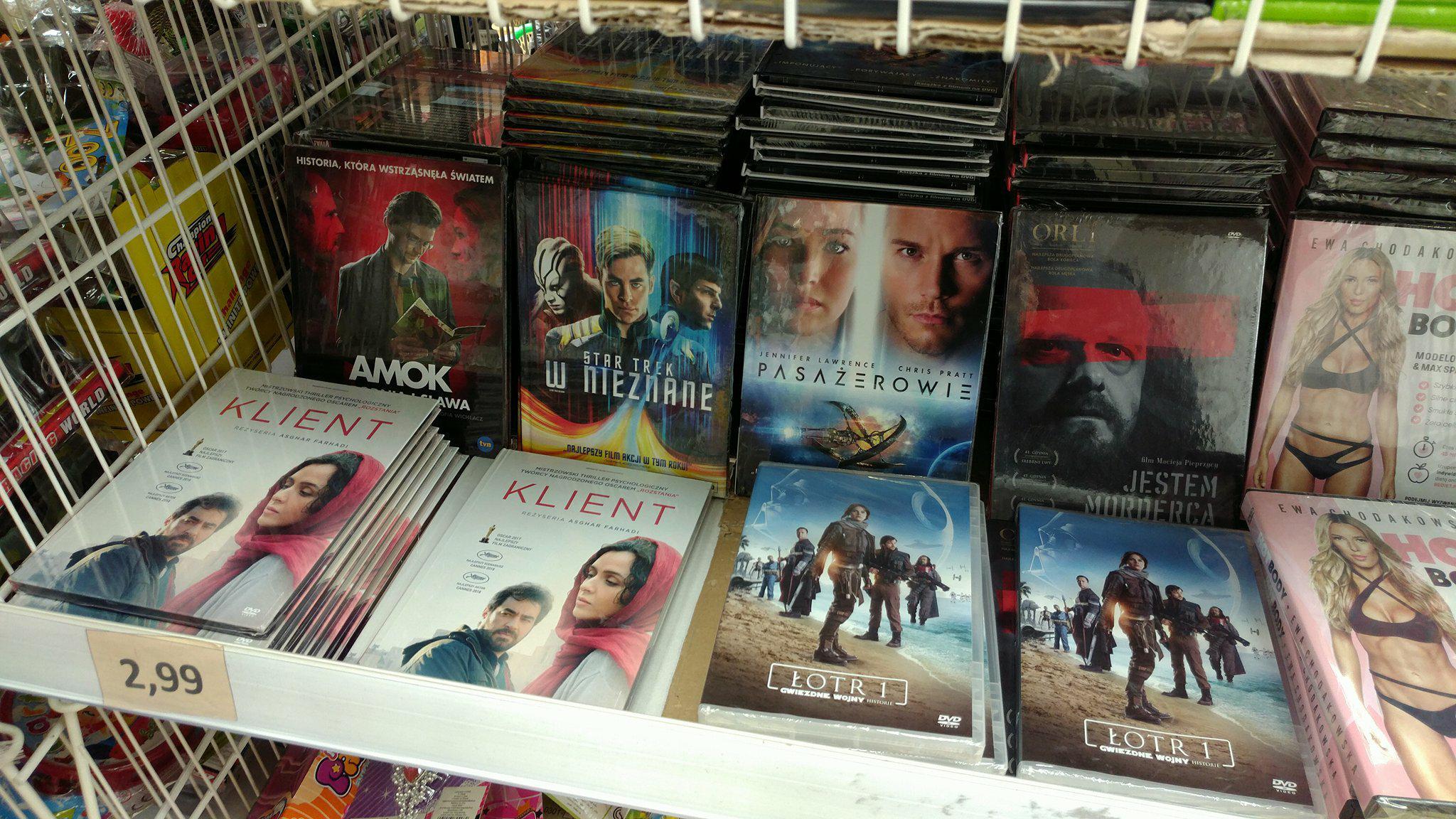 """Filmy DVD za 2.99 (Pasażerowie, ŁOTR Gwiezdne Wojny, Star Trek w Nieznane, Klient, ..) @Wrocław """"Najtaniej w Mieście"""", Oławska 9"""