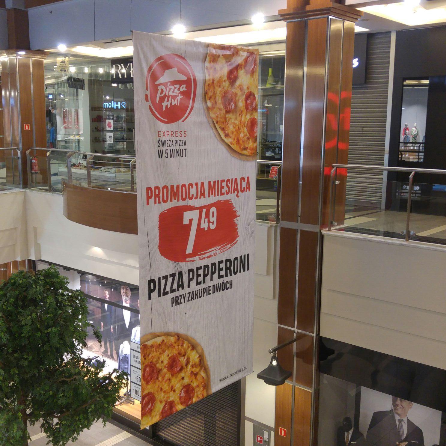 Poznań C.H. Plaza Pepperoni Pizza Hut ,  czy inne lokalizacje nie wiem. Dajcie znać to zmienie z lokalnej na ogólnopolską.
