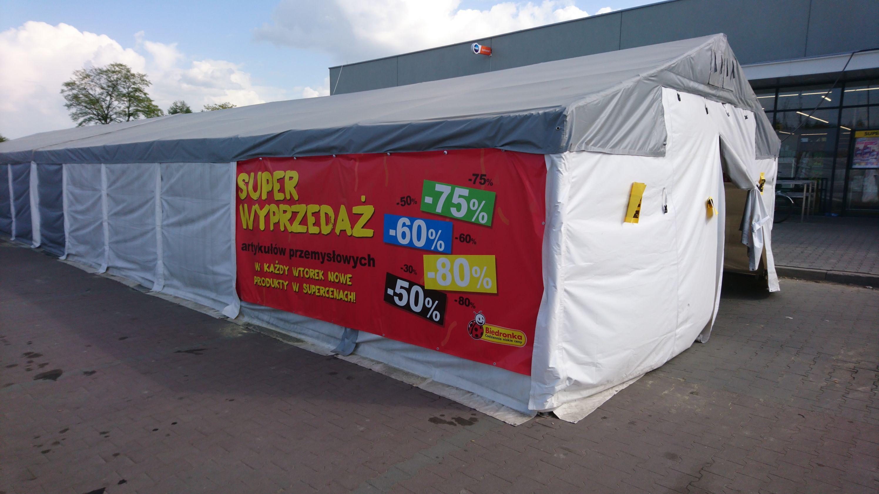 Wyprzedaż namiotowa od -50% do -80% Biedronka