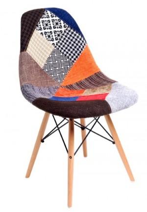3 kolorowe, patchworkowe krzesła w okazyjnej cenie