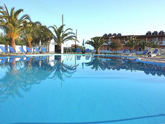 Wakacje na Korfu 16.06-23.06 dla rodziny (2+2) lub 4 osób dorosłych.