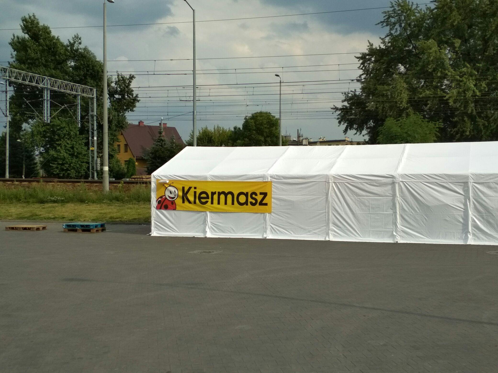 Kiermasz Biedronki Warszawa ul. Plastyczna