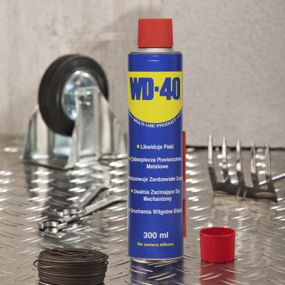 Preparat wielofunkcyjny WD-40 w cenie 14,99zł za 300ml @ Aldi