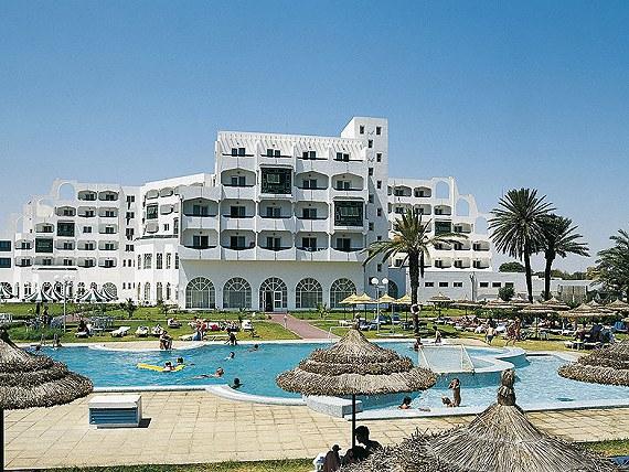 Bardzo tania Tunezja . Wersja all inclusive . Dodatkowo np . basen , golf , rowery