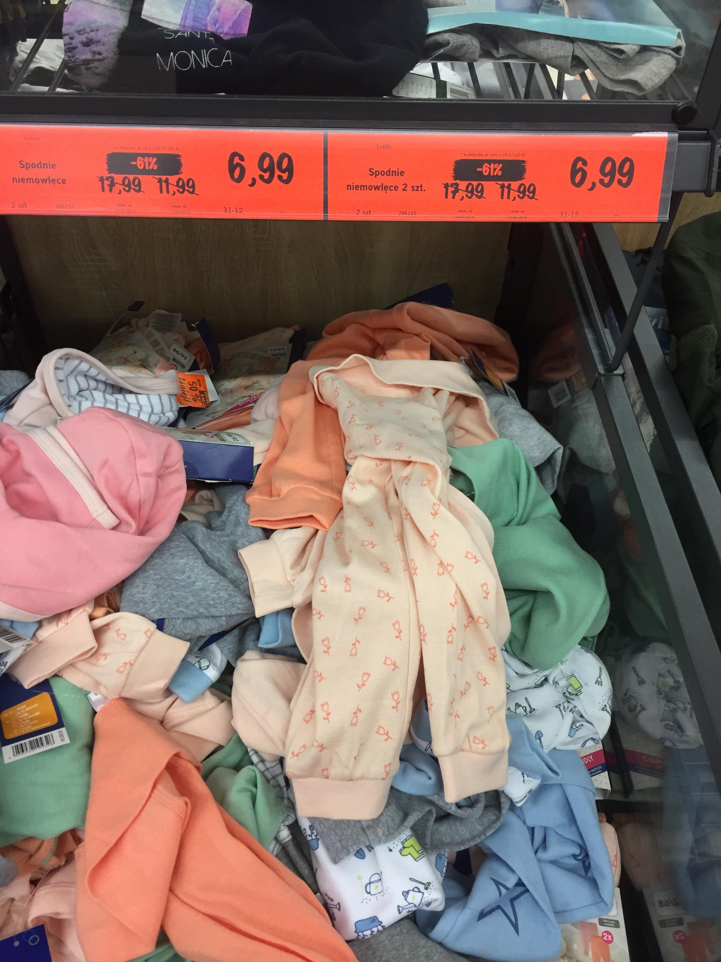 Lidl - spodenki niemowlęce   6,99/2 szt, body 5,99/2 szt