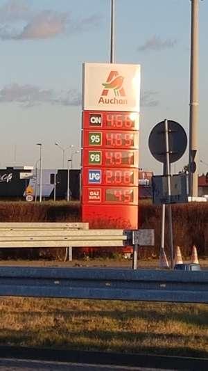 Tanie paliwo Auchan Poznań Komorniki