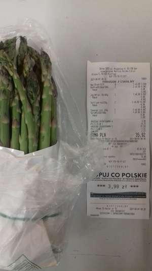 Szparagi zielone świeże pęczek (250g paragon 500g na wadze) Biedronka