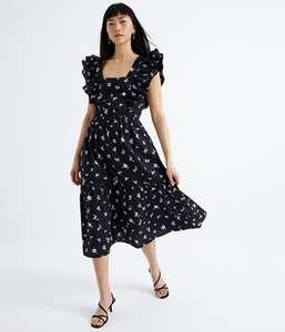 40% rabatu na wybrane sukienki + promocja 3 za 2 na rajstopy w @kappAhl