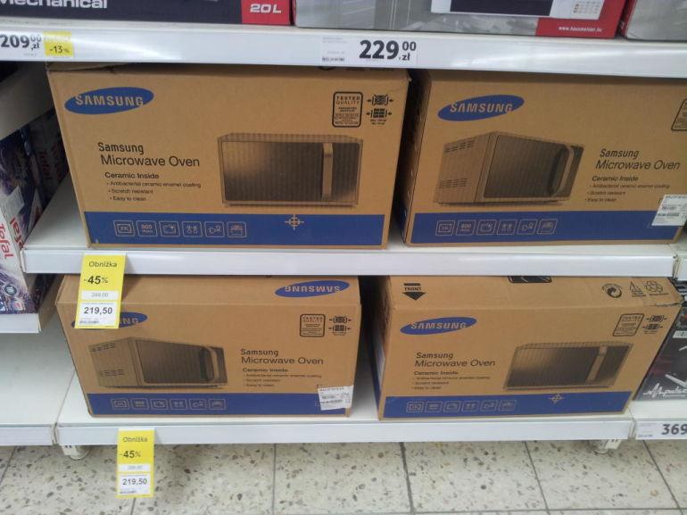 Kuchenka mikrofalowa Samsung MS23F3 za 219,50zł@ Tesco