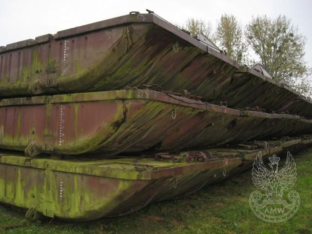 Wyprzedaż Agencji Mienia Wojskowego! M.in. łódź desantowa od 300zł!