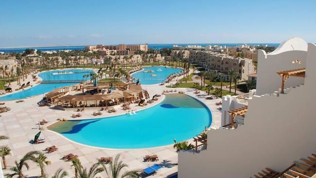 Egipt: Dwa tygodnie w 5* hotelu z all inclusive od 1973 zł  Wyloty do Egiptu we wrześniu z Poznania, Katowic i Warszawy.