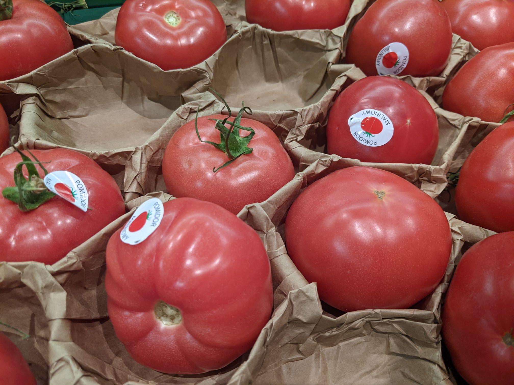 Polski pomidor malinowy luzem 1kg. Kaufland Sosnowiec
