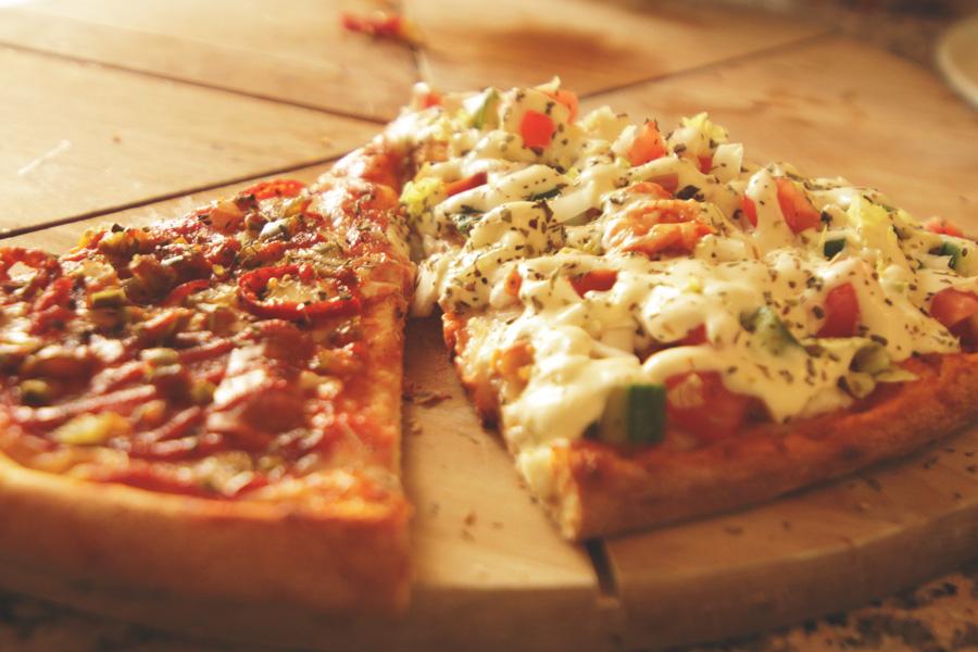 POZNAŃ Piątkowska 87   Pizza fi 30cm za 10 PLN w lokalu @ ALEX (jest i antresola)