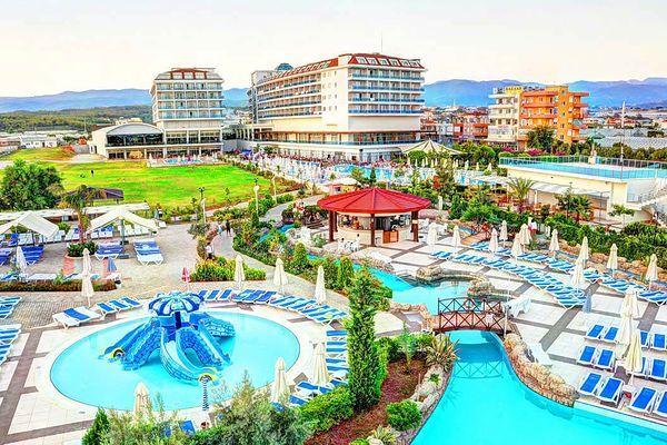 Świetny 5-cio gwiazdkowy hotel w Alanyi